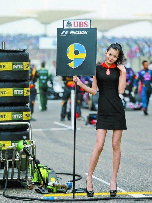 """Für die """"Grid Girls"""" war es in China ungemütlich. Foto: apa"""