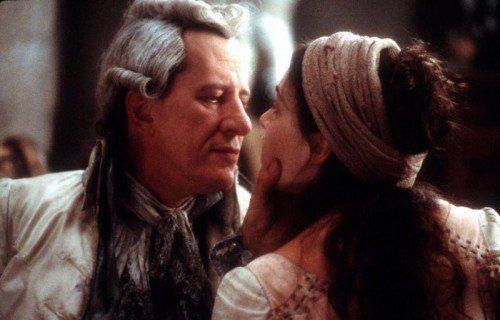 """Geoffrey Rush als Marquis de Sade und Kate Winslet als Madeleine im Film """"Quills"""" von Philip Kaufman.  Foto: AP"""
