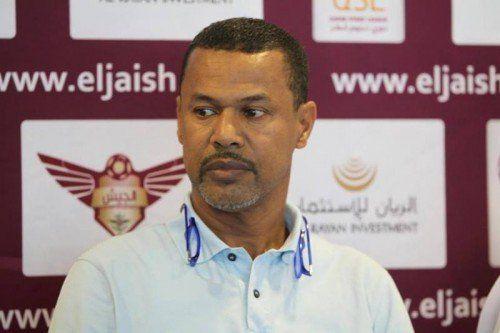 Lassaad Chabbi bei einer Pressekonferenz vor dem Spiel.