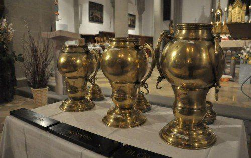 Heilige Öle werden am Beginn der Karwoche im Dom St. Nikolaus geweiht.  Foto: diözese feldkirch