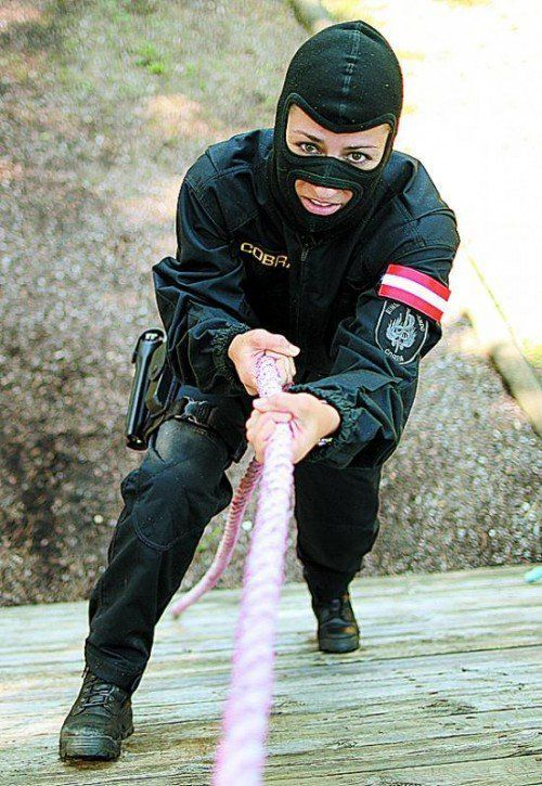 Im Polizeibereich ist der Zwölf-Stunden-Tag Realität. Foto: APA