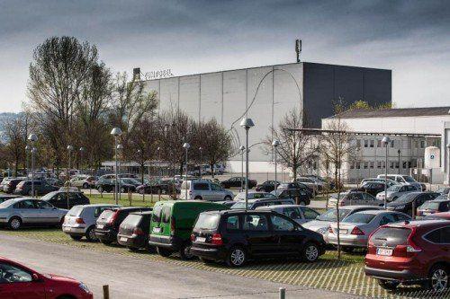 Das Werk von Zumtobel an der Dornbirner Schweizerstraße.  Foto: VN/Steurer