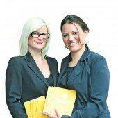 Info-Damen: Adelheid Scherr (l.) und Danijela Stanojlovic.