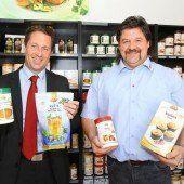 Lukas Zumbühl (links) und Bernhard Fleisch sind für die Geschäfte in Österreich zuständig. Foto: VN/Hofmeister