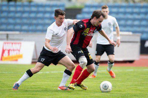 Markus Grabherr (r.) und der FC Hard brauchen Punkte. Foto:stiplovsek