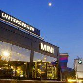 BMW und Mini glänzen in Dornbirn im besten Licht