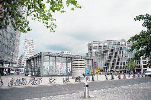 Moderne Architektur am Potsdamer Platz.  Fotos: Beate Rhomberg