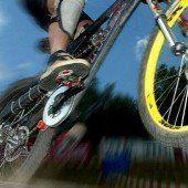 Mountainbiker schanzte versehentlich über Rampe: Verletzter klagte Gemeinde
