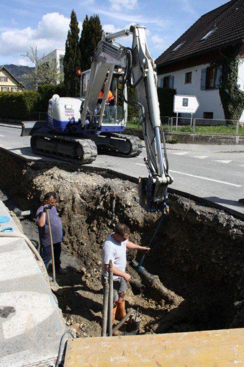 Neuverlegung von Wasser und Gas in der Hörbranzer Straße in Lochau.