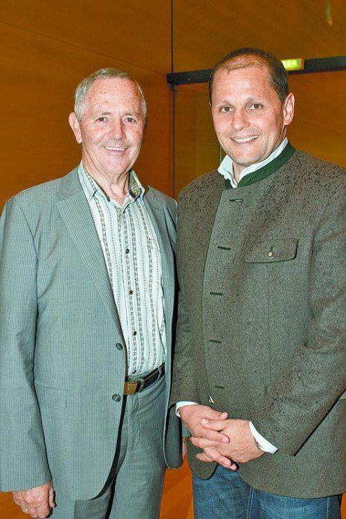 Präsident Josef Fink (Behinderten- sportverband, l.) und GF Sebastian Manhart (Sportservice).