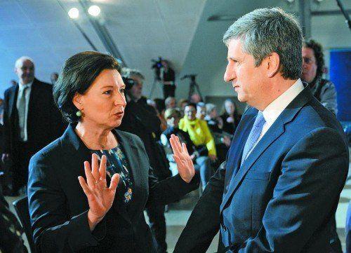 Rücktrittsreif? Bildungsministerin Gabriele Heinisch-Hosek (SPÖ) und Finanzminister Michael Spindelegger (ÖVP) sind sich einig, dass gespart werden soll. Foto:apa