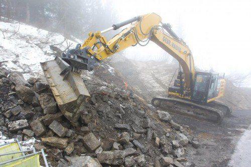 Sind angelaufen: die Arbeiten für den Serpentinenbau im alpinen Gelände oberhalb von Stuben.  Foto: VN/Hofmeister