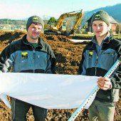 Junge Manpower im Bau-Business