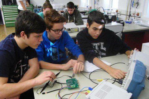 Viele VMS-Abgänger sind an technischen Schulen .  Foto: privat