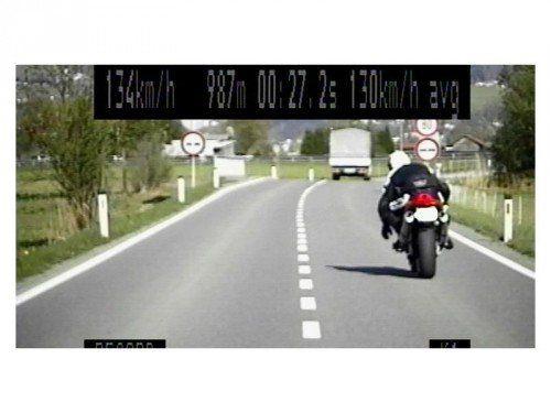 Von der Polizei aufgenommener Motorradfahrer auf seiner Flucht von Lustenau in Richtung Dornbirn.  Foto: Polizei