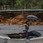 Schwere Schäden nach Erdbeben in Thailand