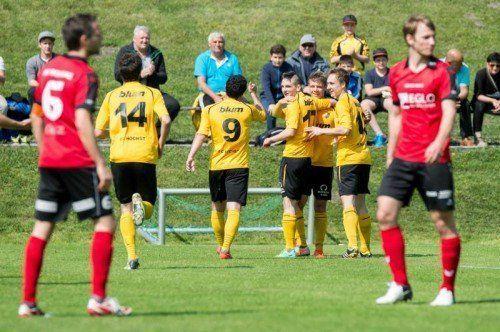 Beim Heimspiel gegen Schwaz jubelte der FC Höchst. Heute folgt das Derby in Dornbirn. Foto: stiplovsek