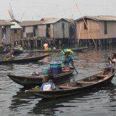 Slumbewohner in Lagos bangen um ihre Existenz