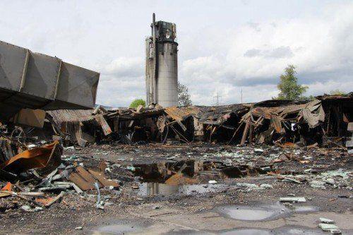 Die möglichen Brandursachen bei Weiler Möbel konnten mittlerweile deutlich eingeschränkt werden.  Foto: VOL/AT Schwendinger