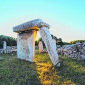 Monumente aus Steinen