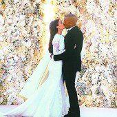 Kardashian postete erste Hochzeitsfotos