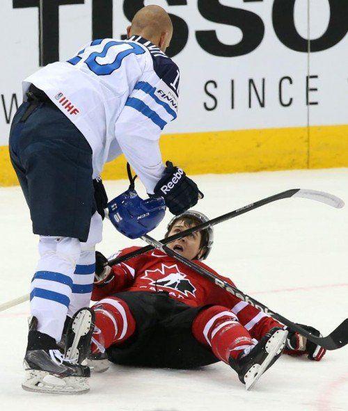 Finnland und Jere Karalahti rangen Mark Scheifele und das kanadische Nationalteam in Viertelfinale der WM in Minsk nieder. Foto: ap