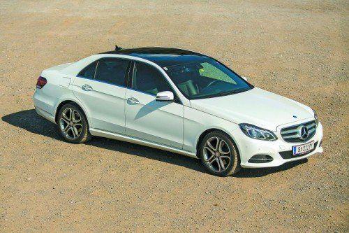 Hightech unter einem modernisierten Blechkleid: Überzeugender Auftritt der Oberklasse von Mercedes. Fotos: VN/Steurer