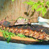 Gegrillte Black BBQ-Spareribs