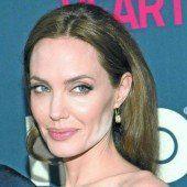Jolies Sohn hat eine Freundin