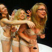 Sieben Frauen gegen Zeus
