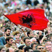 EU geht auf Albanien zu