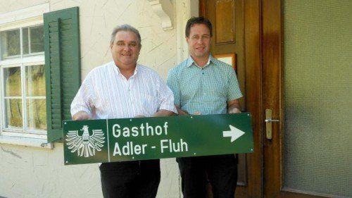 Alfred Bertsch und Ortsvorsteher Peter Vögel.  Foto: fst
