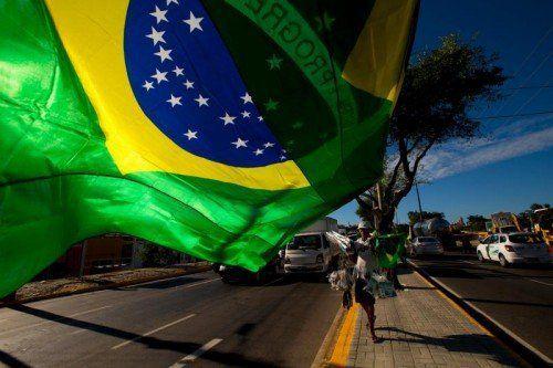 Auf den Straßen in Fortaleza geht es während der WM rund. foto: ap