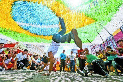 Beim Capoeira ist das Körpergefühl immens wichtig. Foto: adam