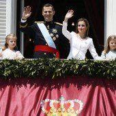 Spaniens neuer König sucht die Nähe zum Volk
