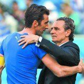 Italien scheidet aus