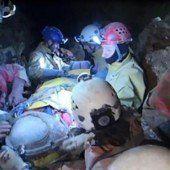 Erste Bilder aus der Höhle