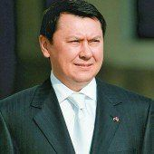 Ex-Botschafter stellte sich