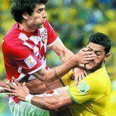 Brasilien gewinnt zum WM-Start