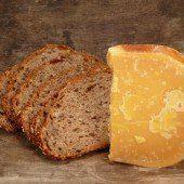Alt wia Brood und Kääs