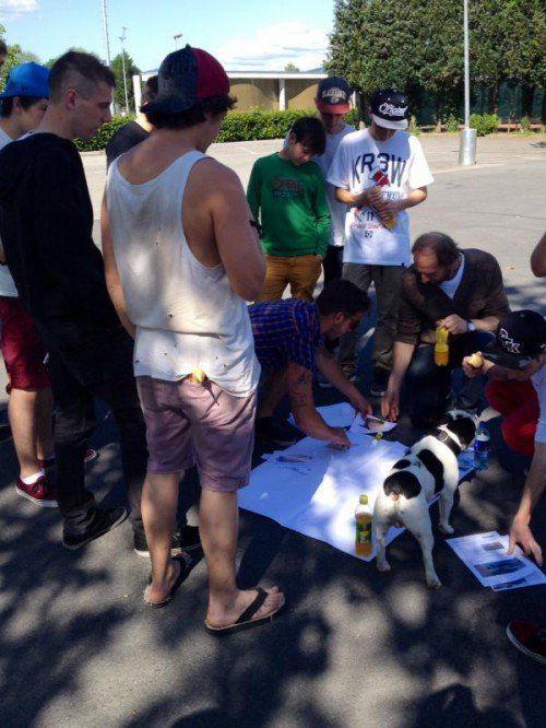 In Kleingruppen wurde am Konzept gearbeitet.  Foto: Gemeinde