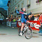 Matthias Brändle feiert Nachtsieg in Nauders