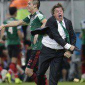 Mexiko stürmt ins Achtelfinale der WM