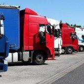 Vorarlberger Lkw fahren unter fremder Flagge