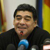 Maradona beleidigt Ikonen