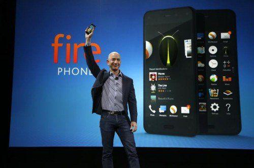 """Präsentierte in Seattle ein neues """"Fire Phone"""": Amazon-Konzernchef Jeff Bezos.  Foto: AP"""