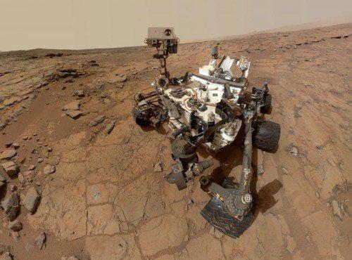 Viele Indizien sprechen dafür, dass der junge Mars sehr viel mehr Wasser besaß als heute.