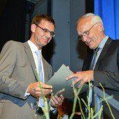Ehrenzeichen in Silber für Dekan Herbert Spieler