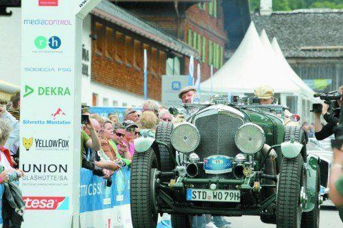 162 historische Raritäten starten heute zur 17. Silvretta Classic Rallye in Partenen. Fotos: VN/Hartinger, Steurer
