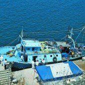 181 Flüchtlinge auf Boot getötet